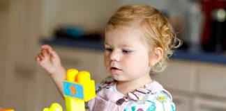 Jakie zabawki edukacyjne warto kupić dziecku?